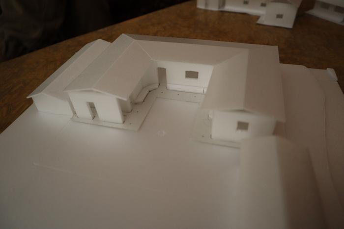 カディ作業場の建築模型